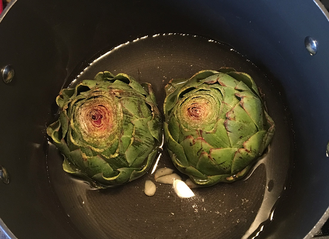 Steamed Artichokes in Pot